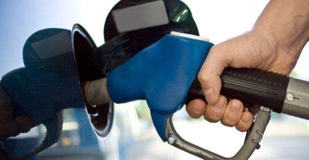 hukum menimbun bensin