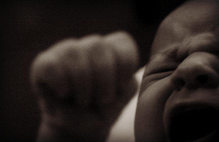 bayi menangis terus melihat setan