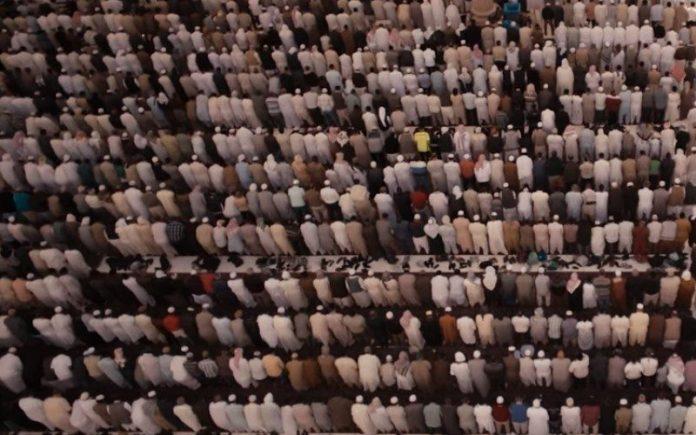 shalat tarawih 11 dan 23 rakaat