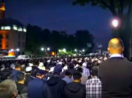 shalat-tarawih-bagi-musafir