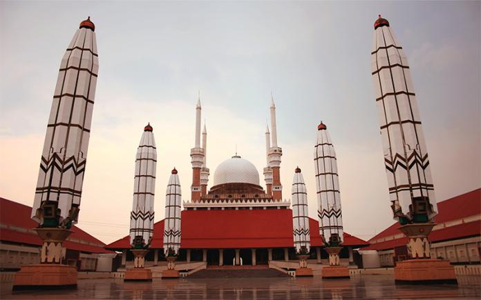 memberi nama masjid ar-rahman